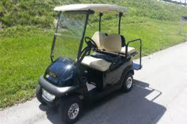 CLUB CAR 4 SEATER & LIGHT KIT