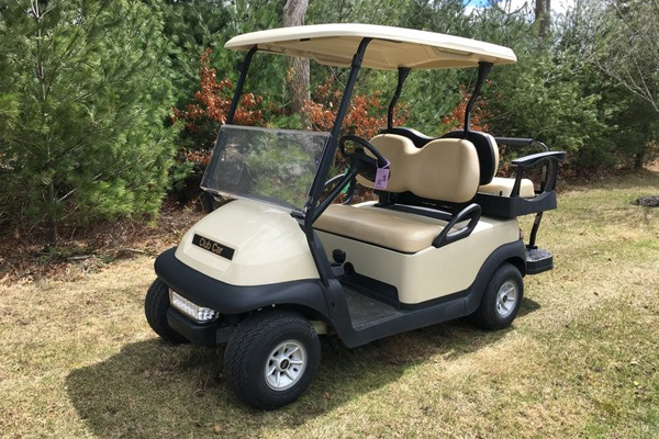 2017 Club Car 4 Seater #425
