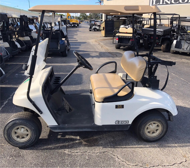 GAS POWERED: 2015 EZGO TXT (WHITE)