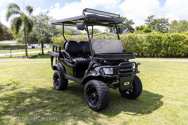 Golf cart VIP customer in Fort Lauderdale FL