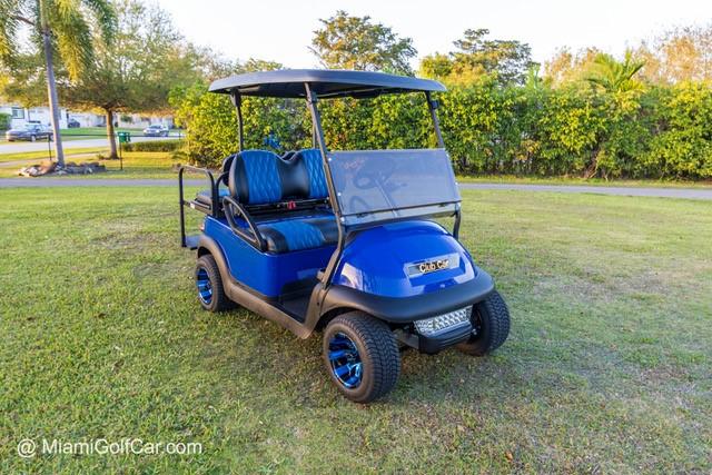 Luis Fornaris Miami, FL  golf cart customer in Miami FL