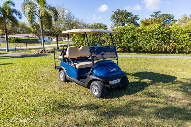Oliver Larrauri Miami, FL golf car customer