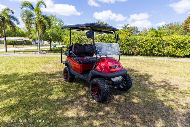 Miami golf cart VIP customer